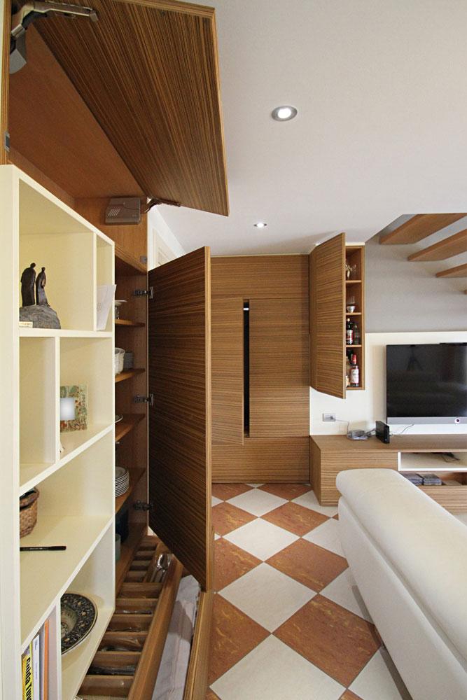 Parete divisoria e soggiorno in zebrano sprea arredamenti - Parete divisoria mobile ...