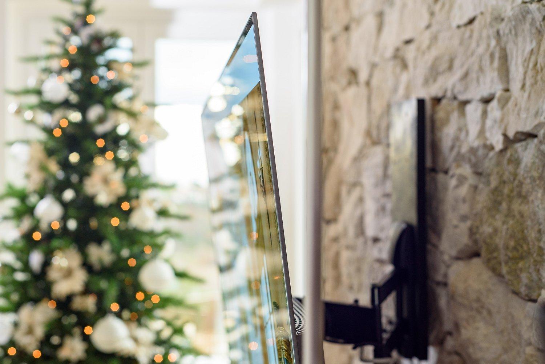 06 mobile soggiorno tv sospeso for Mobile soggiorno vetro