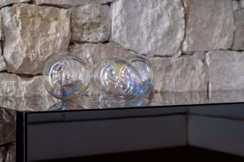 12 particolare mobile soggiorno sospeso for Mobile soggiorno vetro
