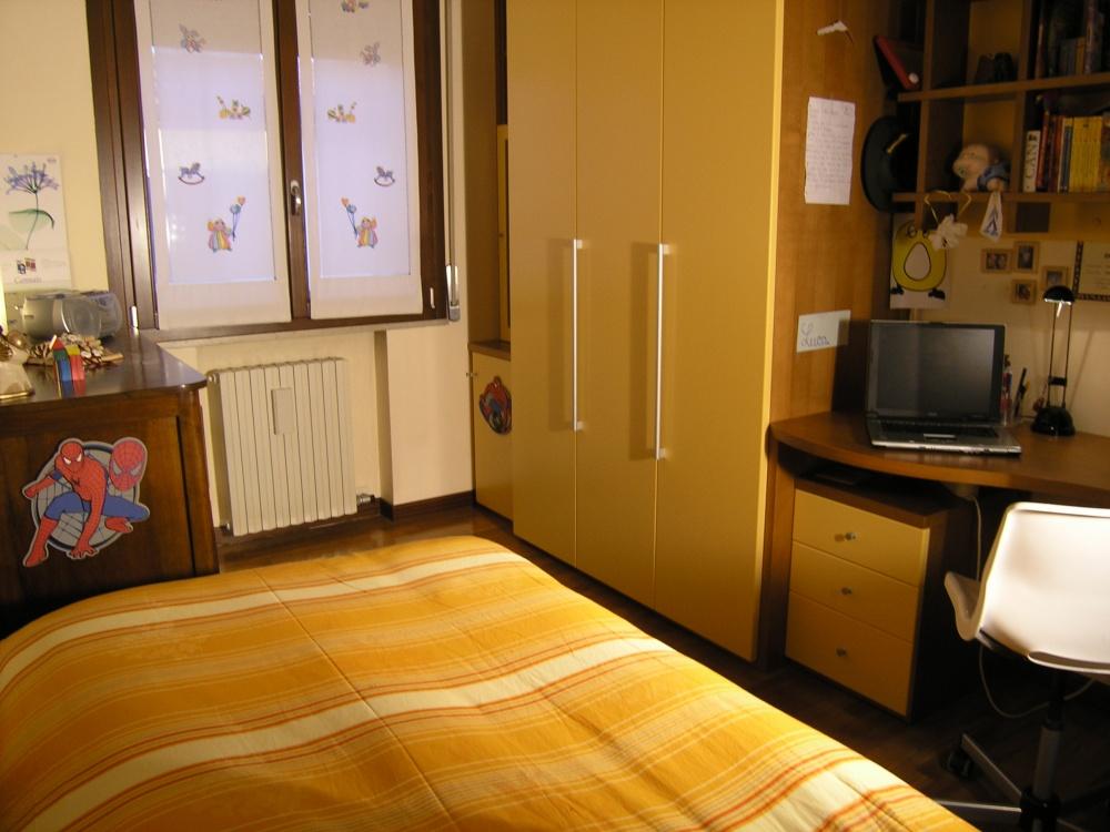 Ante Laccate Su Misura.Index Of Prodotti Arredamento In Stile Moderno Zona Notte 03 12