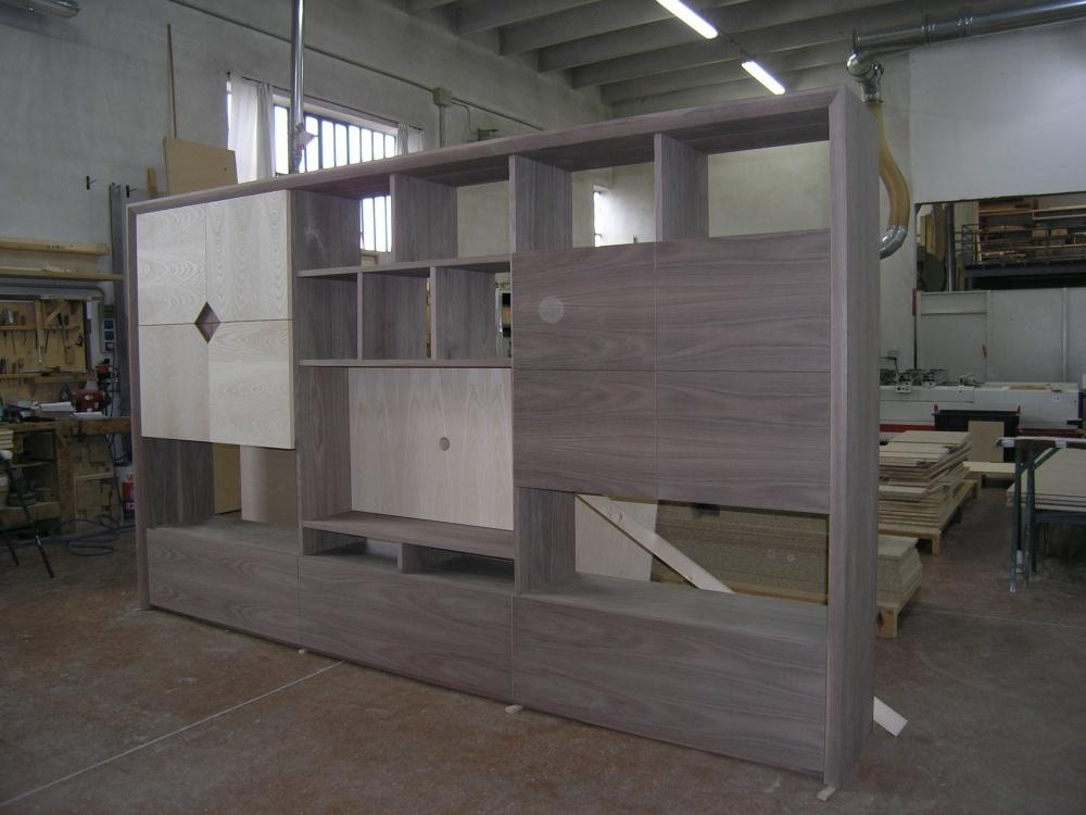 25 mobile parete soggiorno legno - Mobili noce nazionale ...